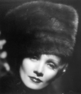 marlene_dietrich_in_the_scarlet_empress
