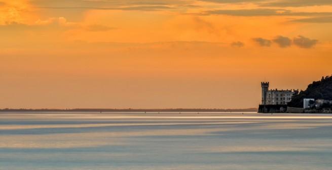 castello-miramare-tramonto-e1456681777111